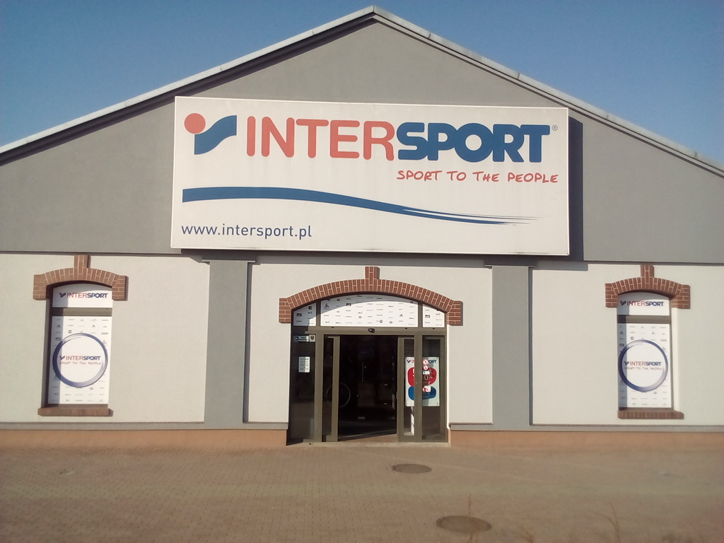 Nike hypervenom gold intersport for Intersport salon